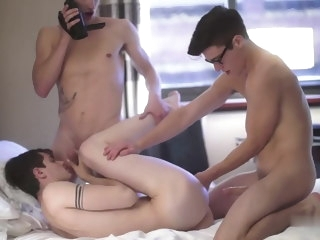 Teen Twink Threesome