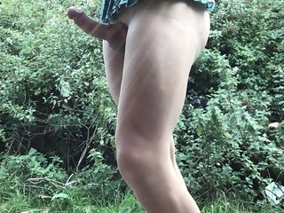 cumshot outdoor